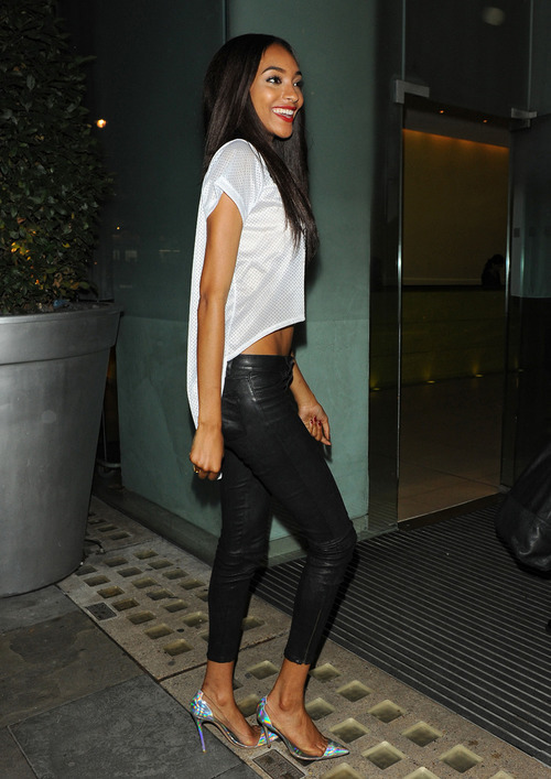 Jourdan Dunn comes in to St Martins Lane hotel