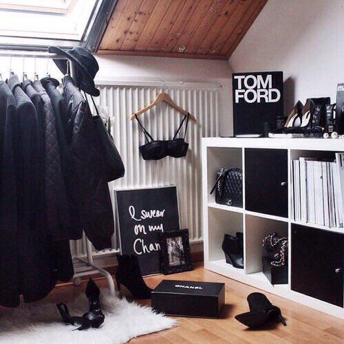 14 id es de d co dressing pour sa chambre diy lirons d 39 elle. Black Bedroom Furniture Sets. Home Design Ideas